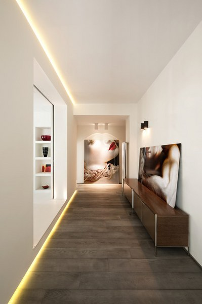 come decorare il corridoio angusto